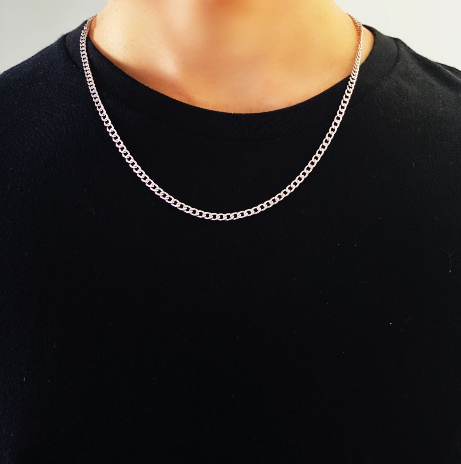 Thin Mens Chain Necklace
